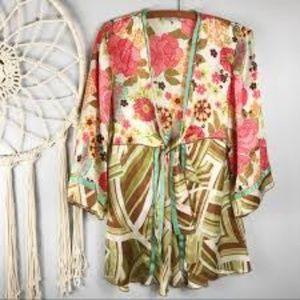❤️2/$25 Cabi Floral Silk Tie Front Kimono Top XS